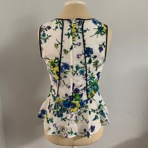 Forever 21 Tops - Forever 21 Tank Top Floral Peplum Sz S